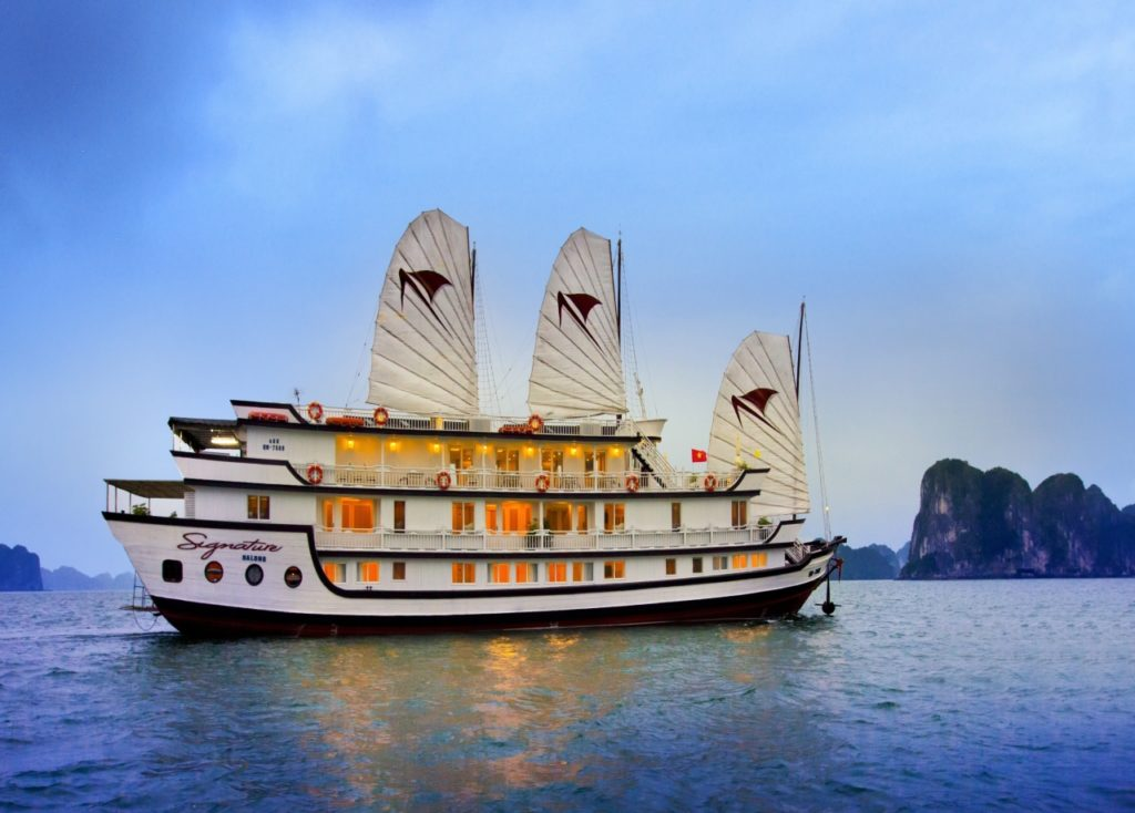 Signature Cruise Halong Bay - 17 Day Vietnam & Cambodia Discovery Tour - Tweet World Travel